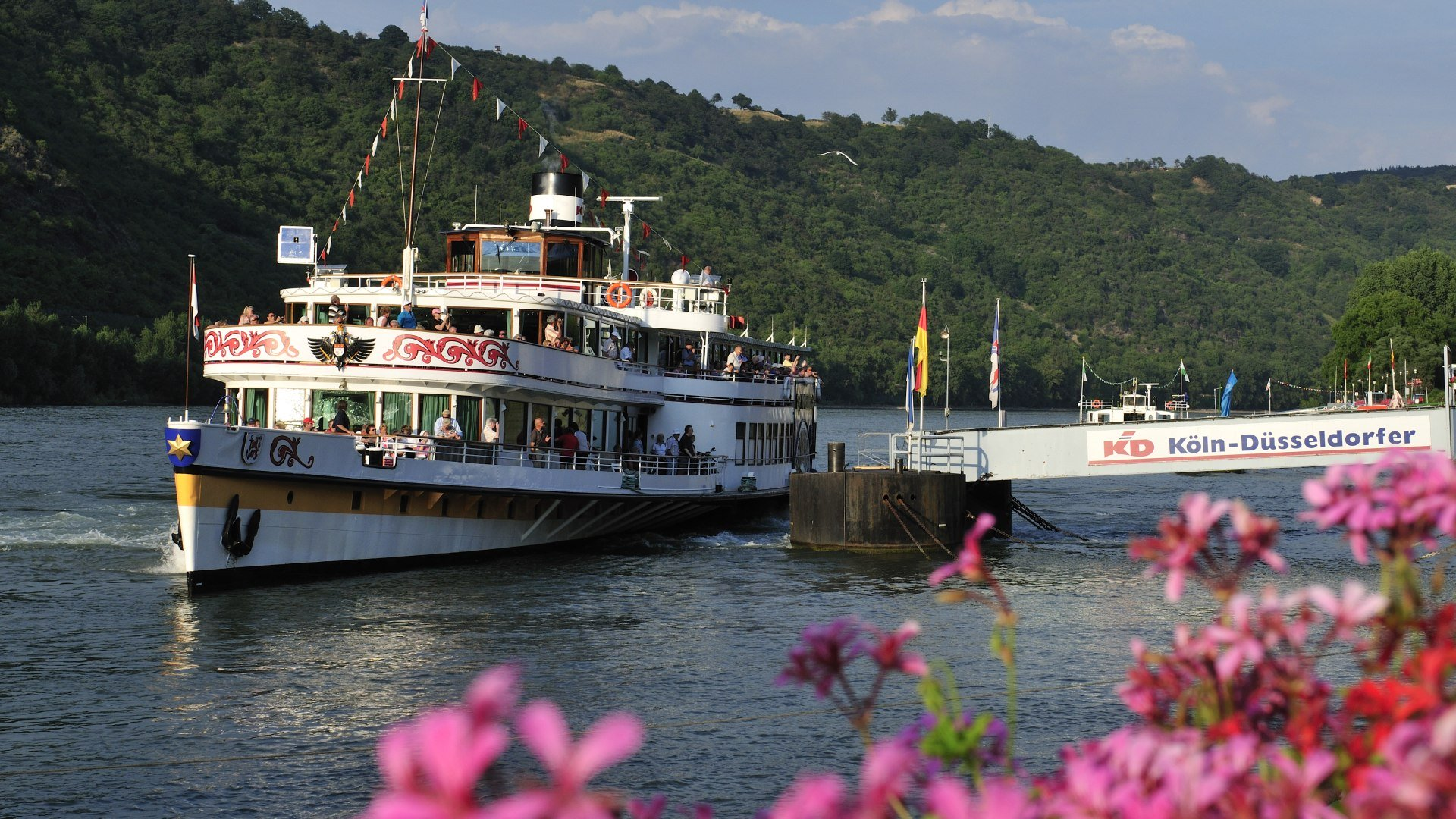 Paddle Steamer MS Goethe at Boppard | © Dietmar Guth